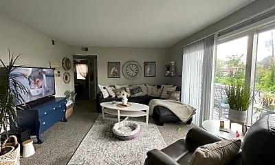 Living Room, 5920 Reeds Rd, 0