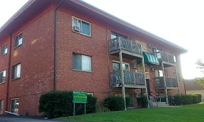 Lilac Lane Apartments, 2