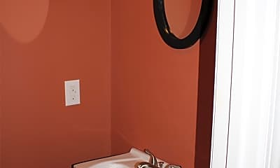 Bathroom, 148 Warwick St, 2