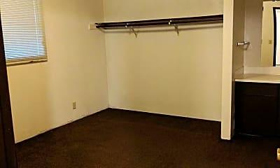Bedroom, 733 Mill St, 2