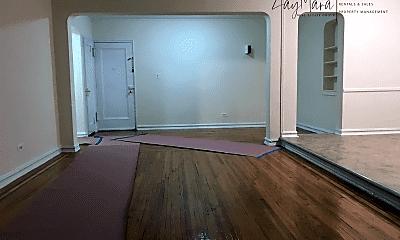 Living Room, 1420 Ocean Pkwy, 1