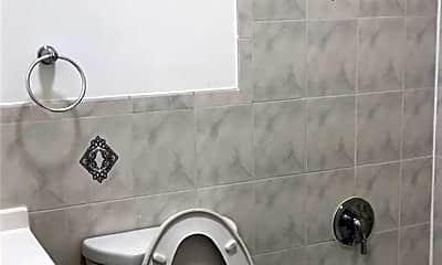 Bathroom, 192 Highland Pl, 2