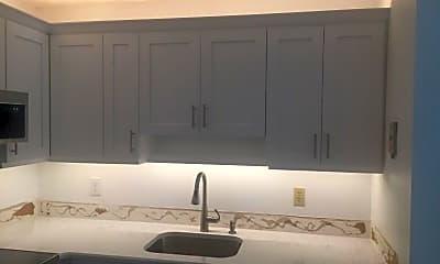 Kitchen, 109 Spring Lake Ct 202, 1