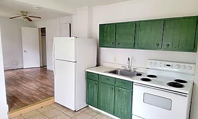 Kitchen, 1386 Pocono Blvd, 1