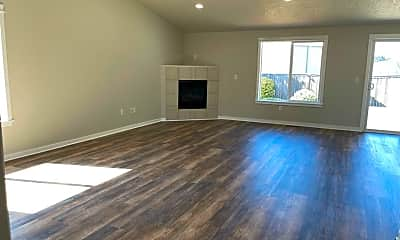Living Room, 4041 NE Woodward Dr, 1