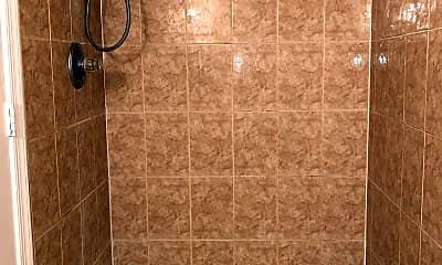 Bathroom, 802 Xenia St SE, 2