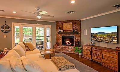 Living Room, 3901 E Elm St, 1