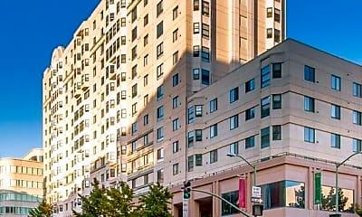 Building, 988 Franklin St, 0