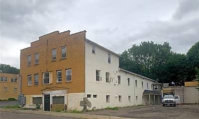 Building, 92 Glenwood Ave 3, 0