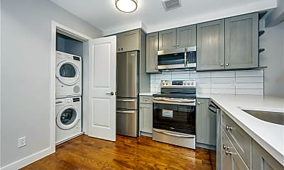 Kitchen, 3214 Johnson Ave 3, 0