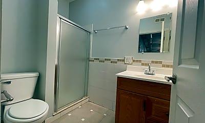 Bathroom, 1801 S Throop St, 2