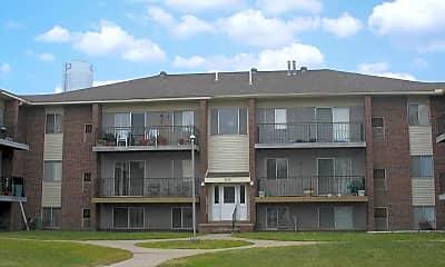 Carlton Apartments, 1