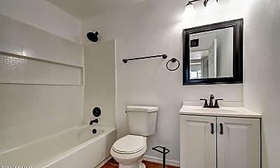 Bathroom, 17009 E Calle Del Oro B, 2