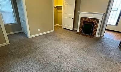 Living Room, 2034 N High St, 0