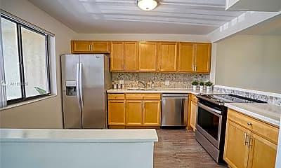 Kitchen, 434 Lakeview Dr 205, 1