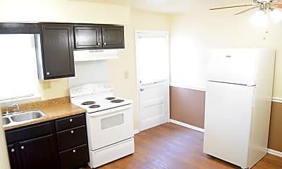 Kitchen, 2001 Peabody, 1