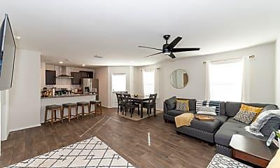 Living Room, 5626 Rosillo Gate, 1
