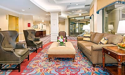 Living Room, 900 N Taylor St 1826, 2