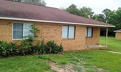 Building, 109 Maple Dr, 0