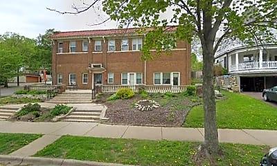Building, 4136 Queen Ave S, 2