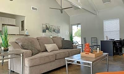 Living Room, 206 Oakhurst Blvd, 2