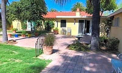 Building, 115 S Palomar Dr, 2