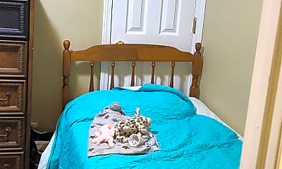 Bedroom, 525 Chestnut St, 2
