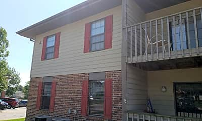 Laurel Glen Apartments, 0
