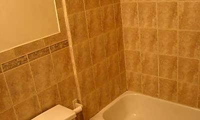 Bathroom, 5 Locke St, 2