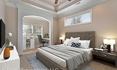 Bedroom, 1701 W 4th St, 1