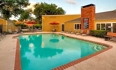 Pool, Huntington Circle Apartments, 1