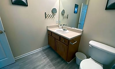 Bathroom, Room for Rent - Huge home in a nice neighborhood, 2