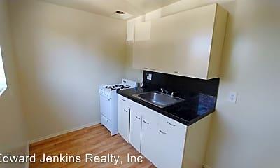 Kitchen, 12211 Manor Dr, 2
