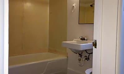 Bathroom, 901 W Main, 2