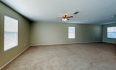 Living Room, 7943 Oakwood Pines, 1