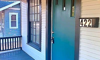 Patio / Deck, 422 S Glenn St, 1