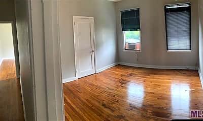 Living Room, 204 Belleview Dr, 0