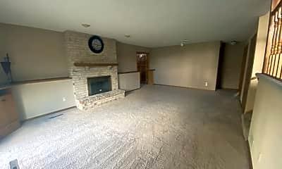 Living Room, 4339 Hamilton Dr, 1