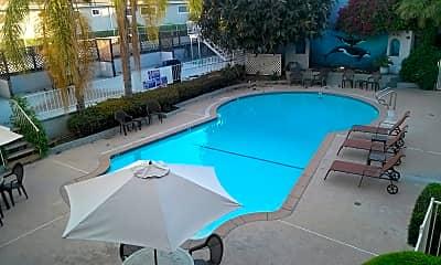 Pool, 4605 Sylmar Ave, 2