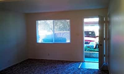 Living Room, 1030 N Court St, 2