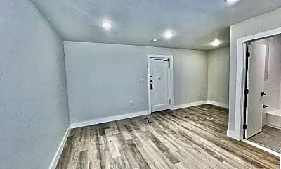 Living Room, 2502 John F. Kennedy Blvd, 2