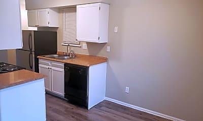 Kitchen, 5562 Newland Way, 2