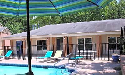 Pool, The Retreat at 2818, 1