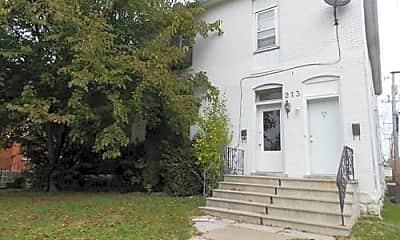Building, 213 E Garfield St A, 1