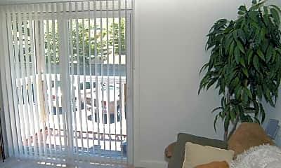 Living Room, Harbortree Apartments at 14 Bristol Street, 2