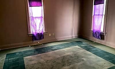Bathroom, 1426 E Brown St, 2