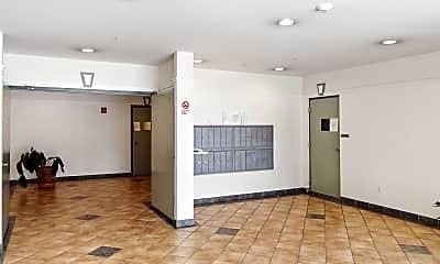 Living Room, 5810 Mission St, 2