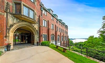Building, 405 Chateau Rive 405, 0