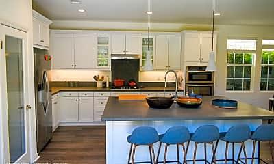 Kitchen, 400 Chickasaw St, 1