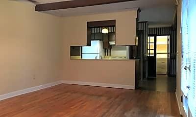 Living Room, 109 Greenwood Ave, 1